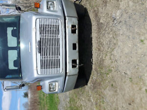 Freightliner fl80 6roues AUTOMATIC