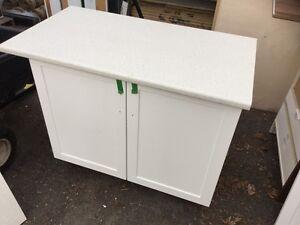 NEUF - vanité avec comptoir blanc thermo _ 36'' x 21''1/2