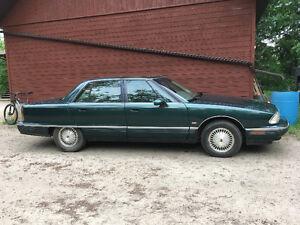 1996 Oldsmobile Ninety-Eight  Sedan