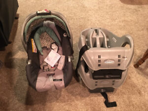Graco Classic Click Connect Car Seat, 2 Bases and Stroller