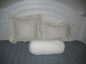 DECORATIVE PILLOW SET FOR SALE