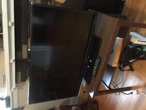 Selling 32inch TV