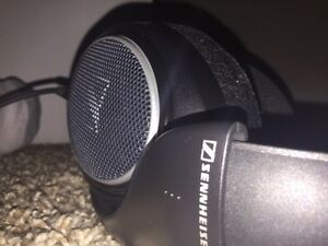 Sennheiser HD 598 Open back headphones  Kitchener / Waterloo Kitchener Area image 3