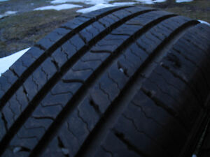 Michelin Defender XT 195/65R15
