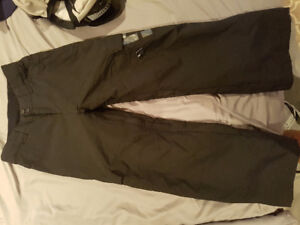 Brand new DC snowboard pants