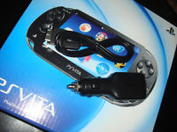PS VITA-USB+CHARGEUR AUTO/CAR CHARGER (NEUF/NEW)