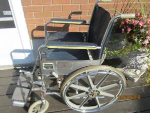 Wheelchair /Transport chair, chaise roulante/chaise de transport