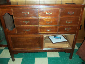 Multi-drawer solid wood cabinet