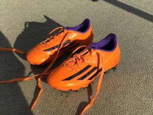 Adidas F5 Soccer Cleats Kids Size 13