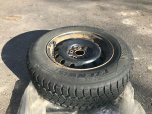 Set of 4 Snow Tires On Rims 205/70 R15