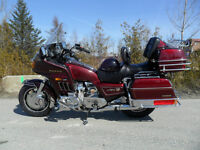 BELLE GL1200 GOLDWING INTERSTATE UN BIJOU!!