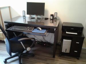 Bureau ordinateur en vitre noir achetez ou vendez des biens