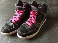 Girls pineapple trainer hightop boots size 2