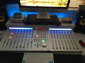 Qcon Pro and extender daw controller
