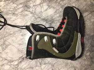 Rossignol and air walk snowboard boots for sale