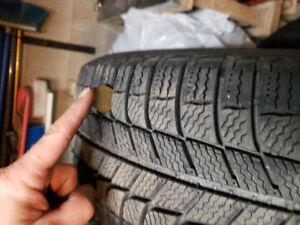 225/60R16 Michelin