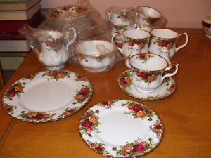 Royal Albert China, Old Country Roses Windsor Region Ontario image 2