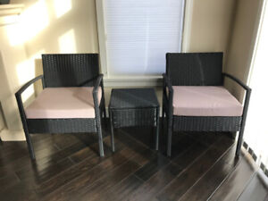 Outdoor seating set - 2 chairs with cushions and table