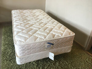 Sealy twin size bed