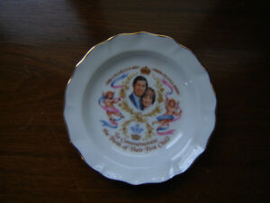 Royal collector plate - birth of Prince William London Ontario image 1