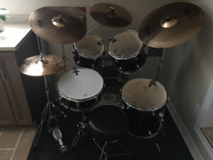 Mapex Tornado  Drum Kit with Sabian B8 Pro Symbals