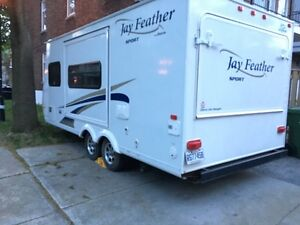 Jay Feather de Jayco X20E 2011 21 pieds (pull out 27)