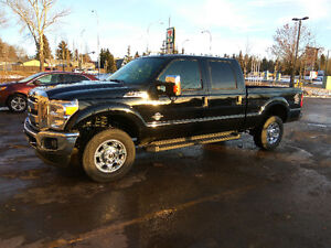2016 F-350 Diesel, only 8500km, new truck for used price