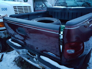 1997 Ford F150 stepside box and tailgate