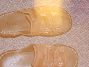 BASS MENS LEATHER SANDALS SIZE 7 Kingston Kingston Area image 2