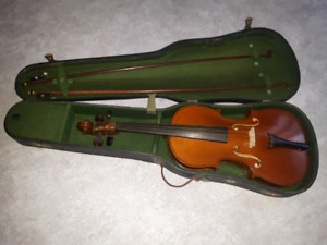 Copy of Antonius Stradivarius violin