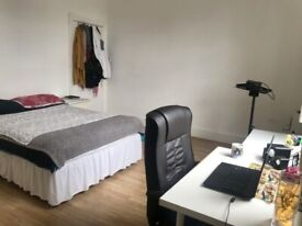 Spacious room in Finchley Central!