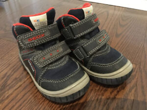 Goex toddler shoes UK5(22)