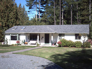 COMOX VALLEY  ACREAGE - 2 min walk to beach
