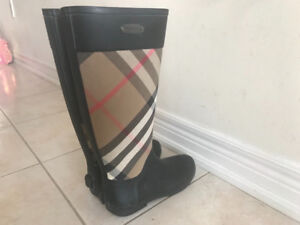 Pre-owned Check Burberry Rubber Rainboot  $300 size 37 (7).