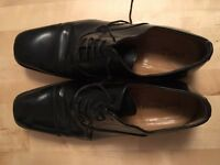 Russell & Bromley men's shoes (size 9)