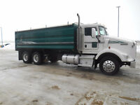 2004 Kenworth T800 20' CBI Grain Box WITH AUTOSHIFT