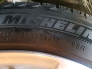 Michelin X ICE 225 50 R 17