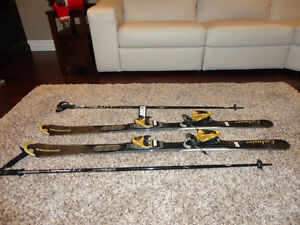 Dynastar Exclusive 9 AIS Skis w/ AIS Exclusive Bindings & Poles Kitchener / Waterloo Kitchener Area image 2
