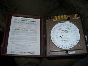 Vintage Westinghouse Portable Phase Angle Meter PI-161 w case