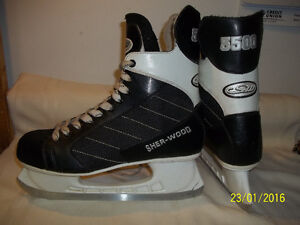 Men's/Senior Skates Size 13 (Sherwood 5500)