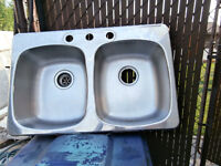 1 stainless steel double sink &3 ceramic White.sinks 1 stainless