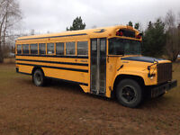 2000 GMC Blue Bird Bus DIESEL 5 spd.