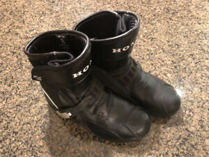 Brand new men's Honda motorcycle boots
