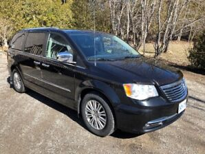 2013 Town and Country , Limited  Van for Sale .