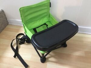 Folding booster chair