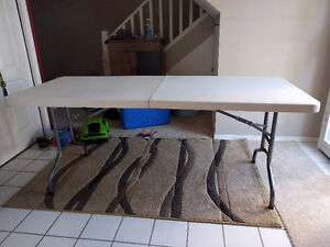 White fold up table