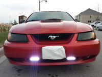 2000 Ford Mustang sports Coupe (2 door)