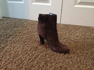 Ralph Lauren Boots size 6 Edmonton Edmonton Area image 1