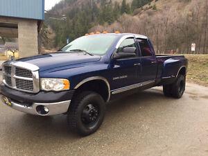 2005 Dodge Power Ram 3500 Laramie Pickup Truck