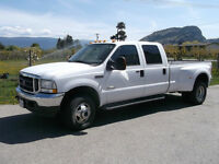 Dually 2004 Ford F-350 Lariat Pickup Truck